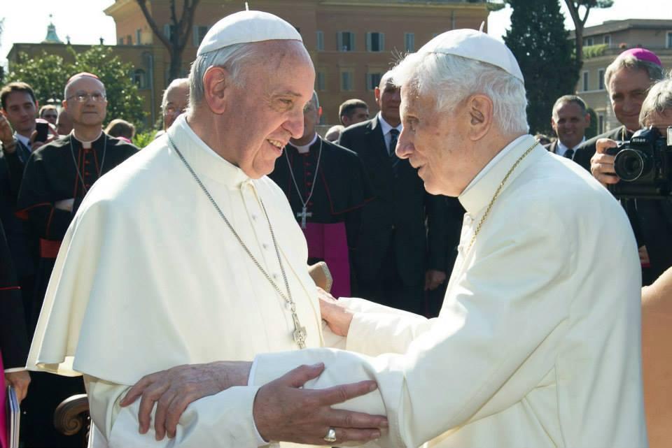 Papa Francesco: usate il condom