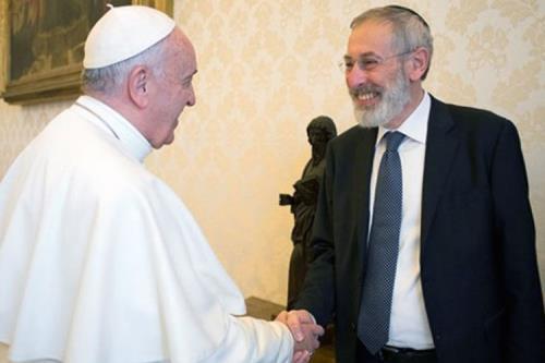 Papa Francesco e il rabbino Di Segni